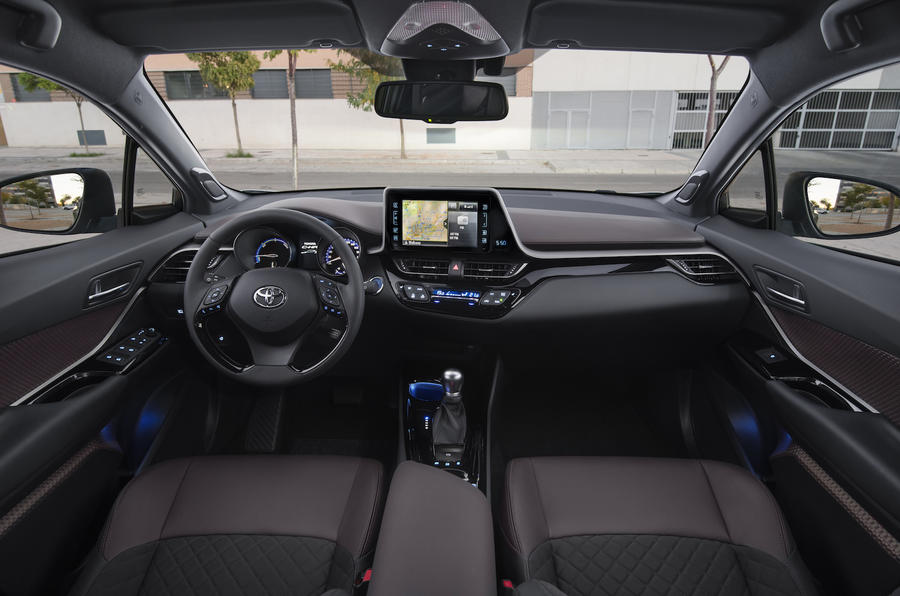 2017 toyota c hr 1 8 hybrid review review autocar. Black Bedroom Furniture Sets. Home Design Ideas
