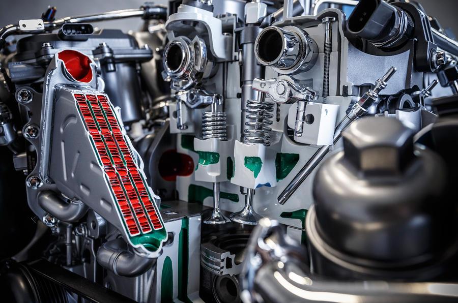Mercedes diesel engine tech