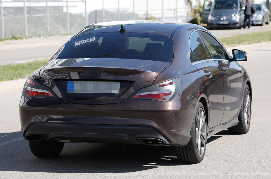 2016 mercedes benz cla facelift spotted testing first pictures autocar. Black Bedroom Furniture Sets. Home Design Ideas