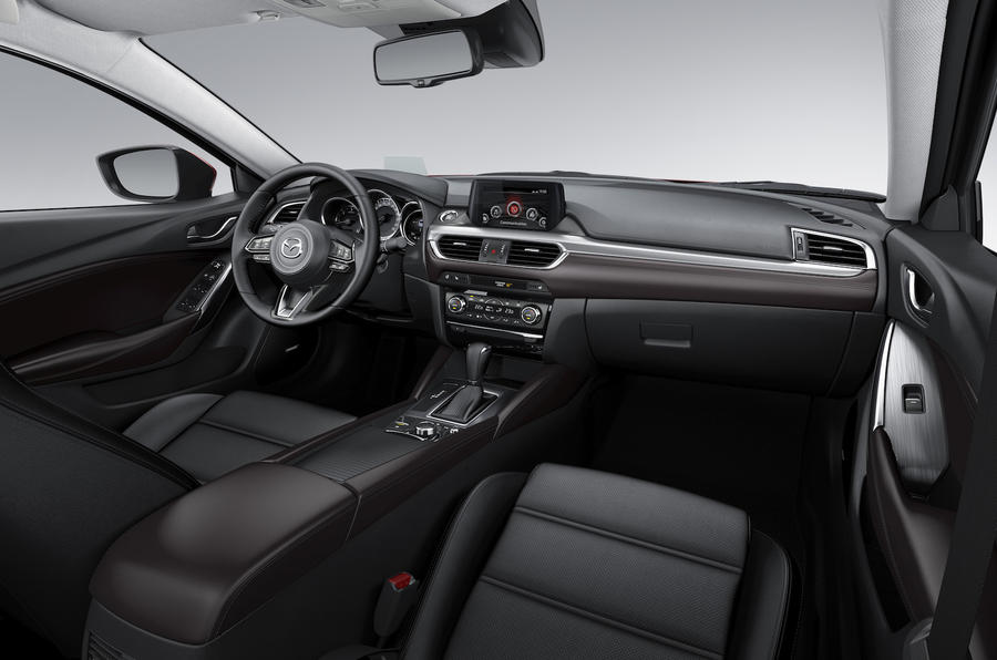 Mazda 6 Tourer dashboard