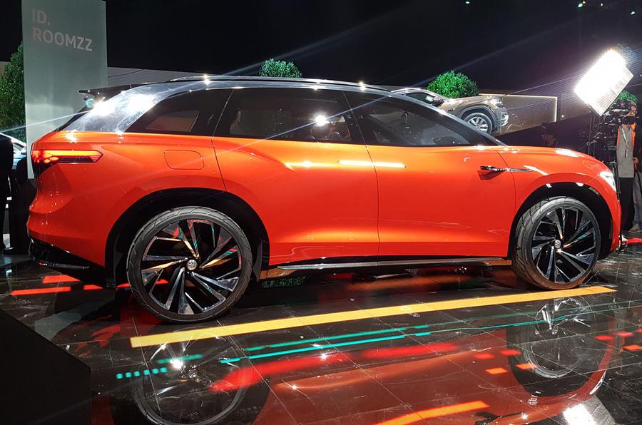 Volkswagen Roomzz concept previews 2021 Model X rival ...