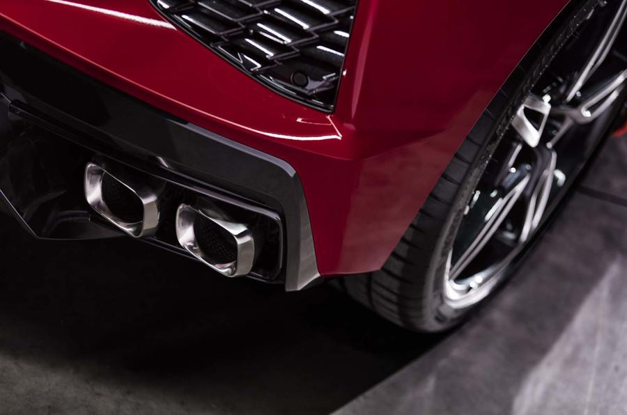 Corvette Stingray C8 official reveal - exhaust