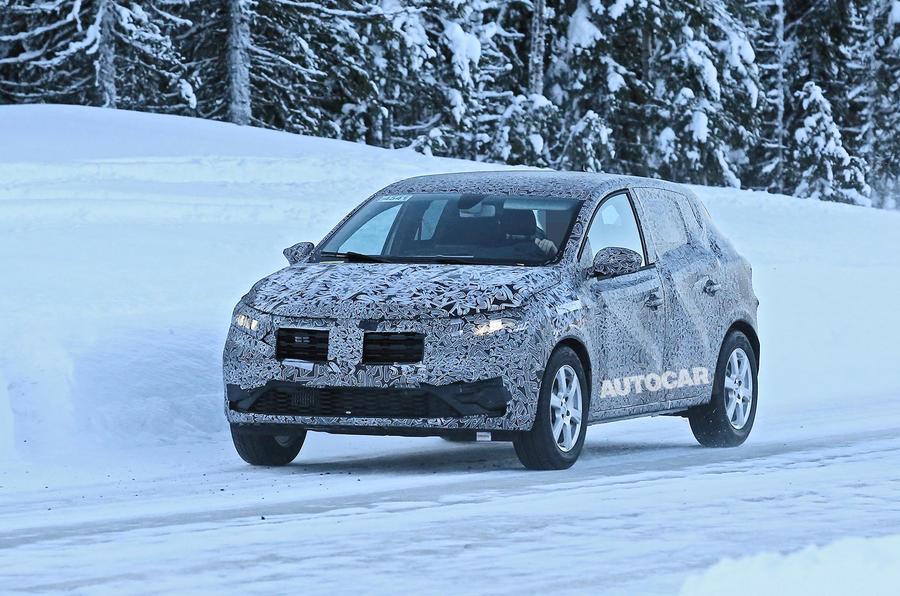 2021 Dacia Sandero winter testing - nose