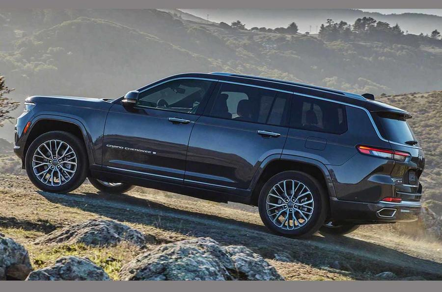 2021 jeep grand cherokee l exterior (4)