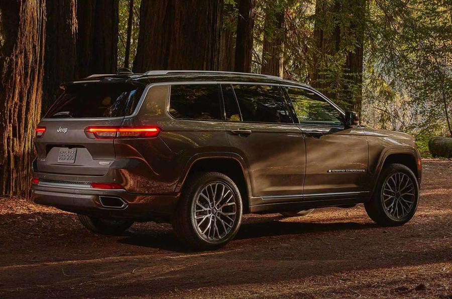 2021 jeep grand cherokee l exterior (9)