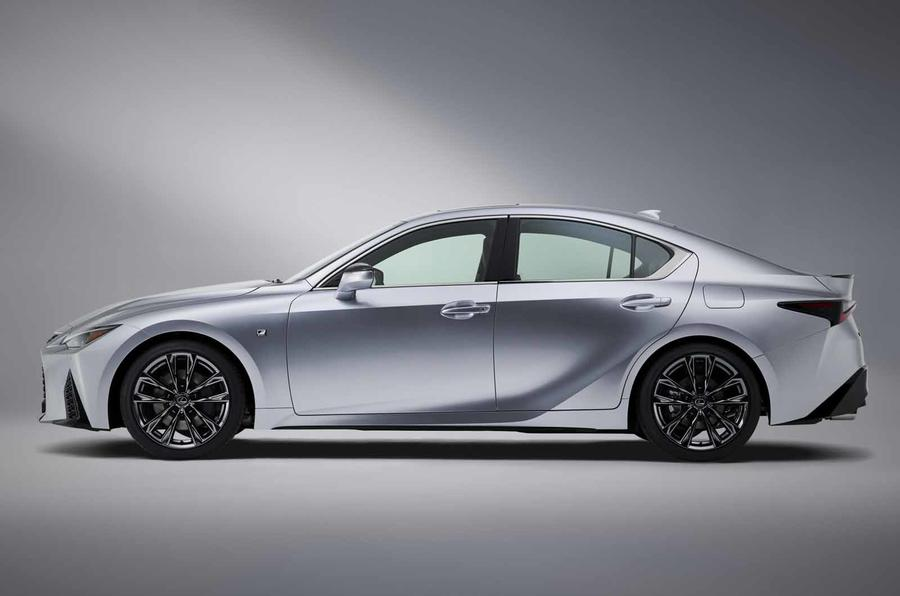 2021 Lexus IS side on