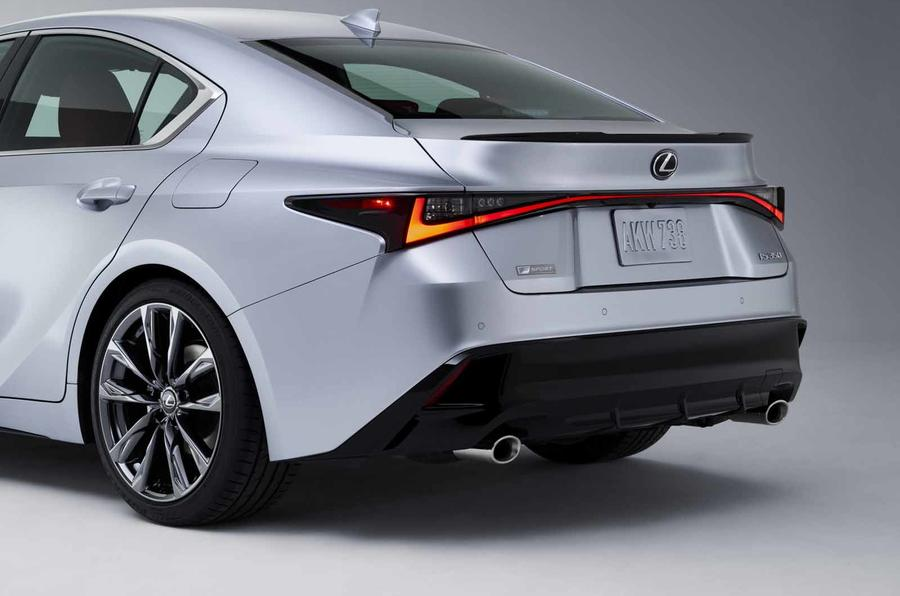 2021 Lexus IS side rear