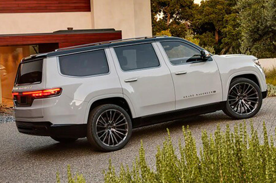 2020 Jeep Grand Wagoneer concept - side