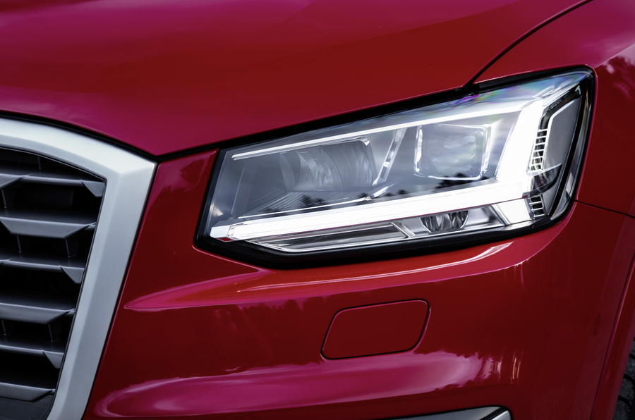 Audi Q2 LED headlights