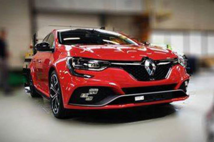 2018 Renault Sport Mégane patents show hot hatch features