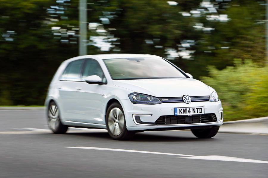 VW e-Golf - tracking front