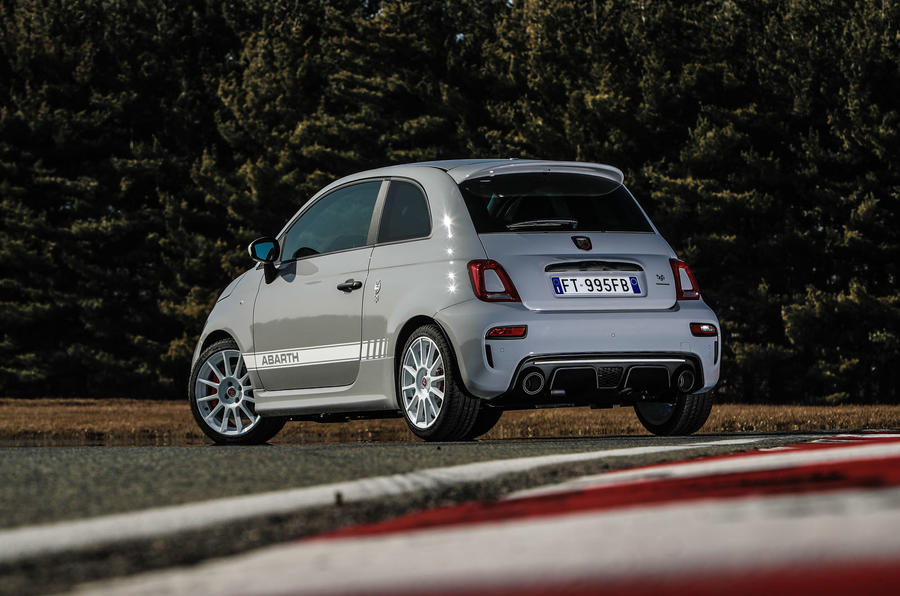 Abarth 595 Essesse 2019 first drive review - static rear