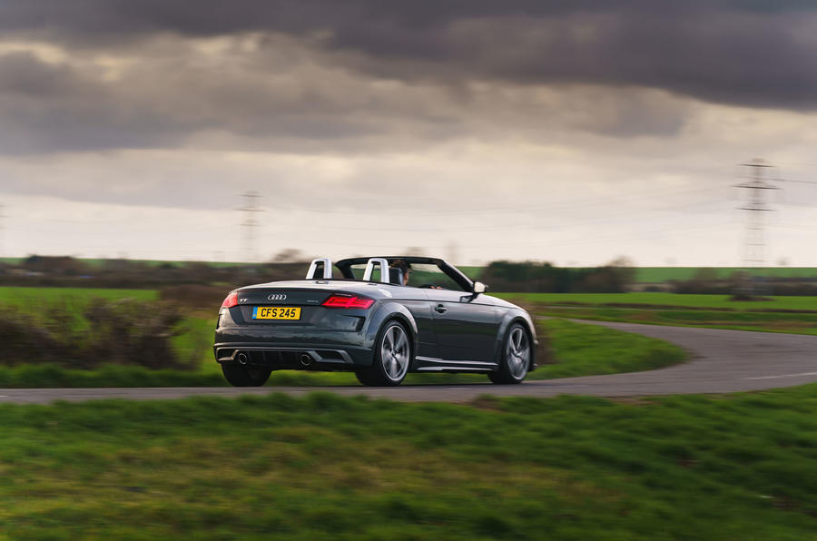 Audi TT Roadster 2019 UK first drive review - cornering rear