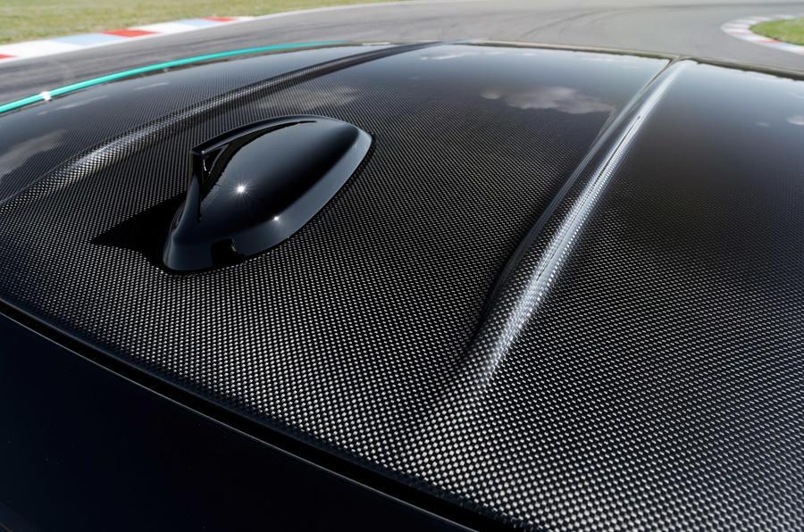 BMW M3 - roof