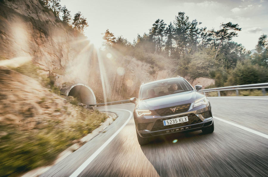 Cupra Ateca 2018 first drive review - on the road nose