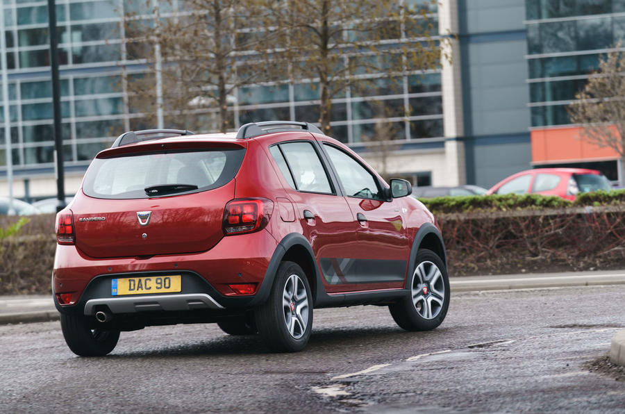 Dacia Sandero Stepway Techroad 2019 first drive review - city driving rear
