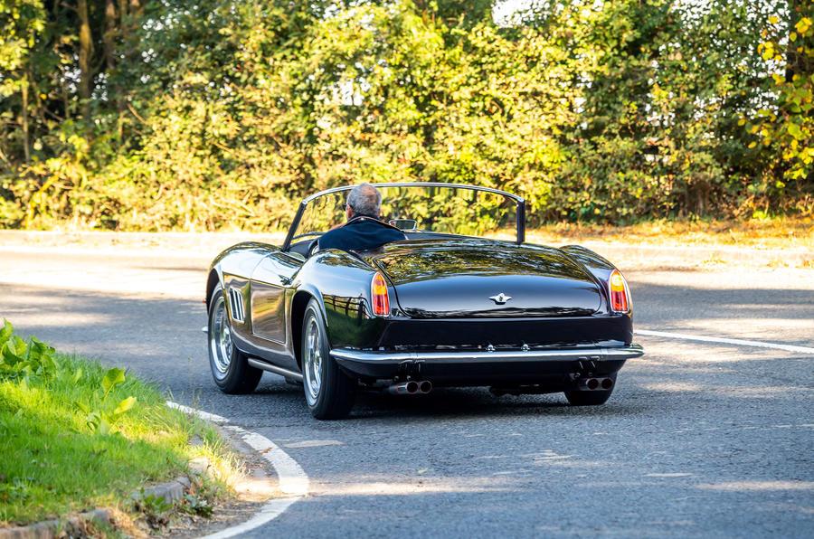 21 GTO California Spyder revival 2021 UE FD cornering arrière