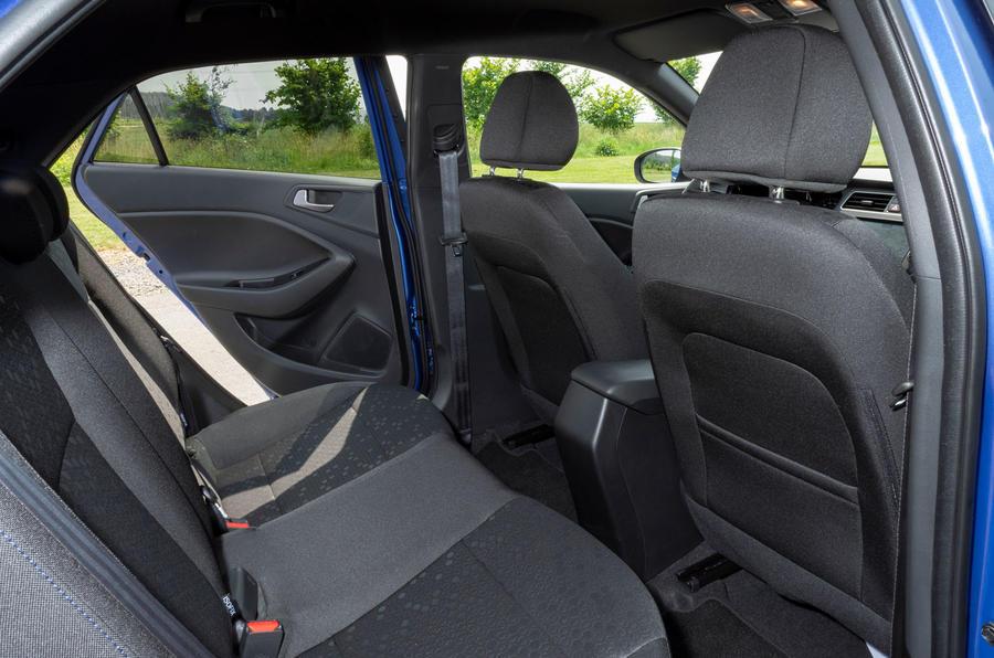 Hyundai i20 2018 review rear seats