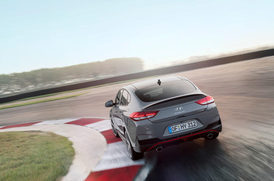 Hyundai i30 Fastback N 2019 first drive review - track drive rear