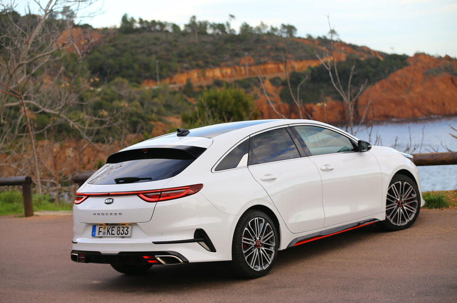 Kia Proceed 2019 first drive review - static rear