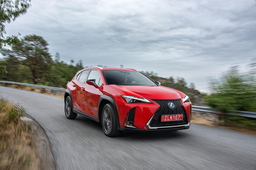 Lexus UX 250h F Sport 2018 first drive review cornering