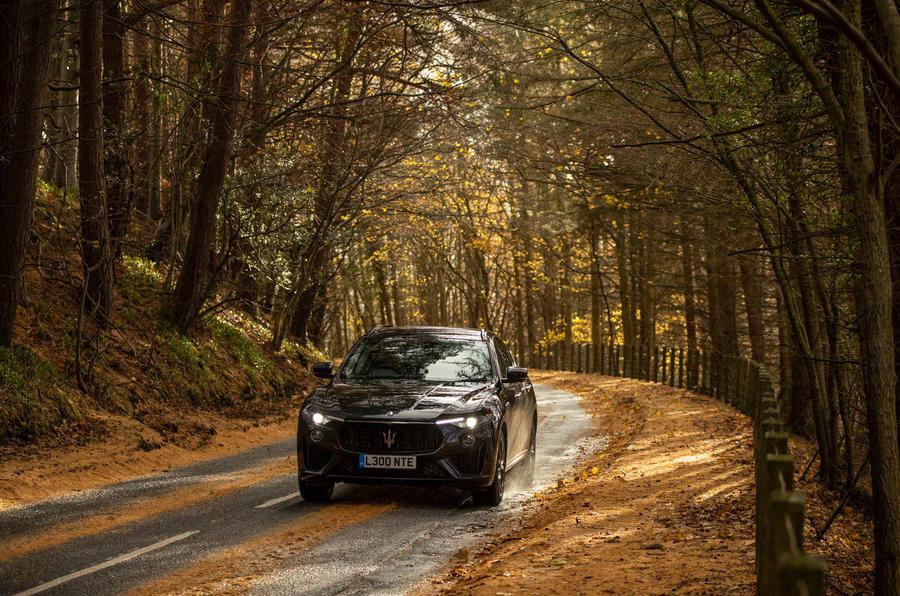 Maserati Levante GranSport V6 2018 first drive - on the road front