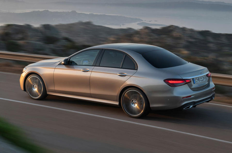 Mercedes-Benz E-Class 2020 - tracking side
