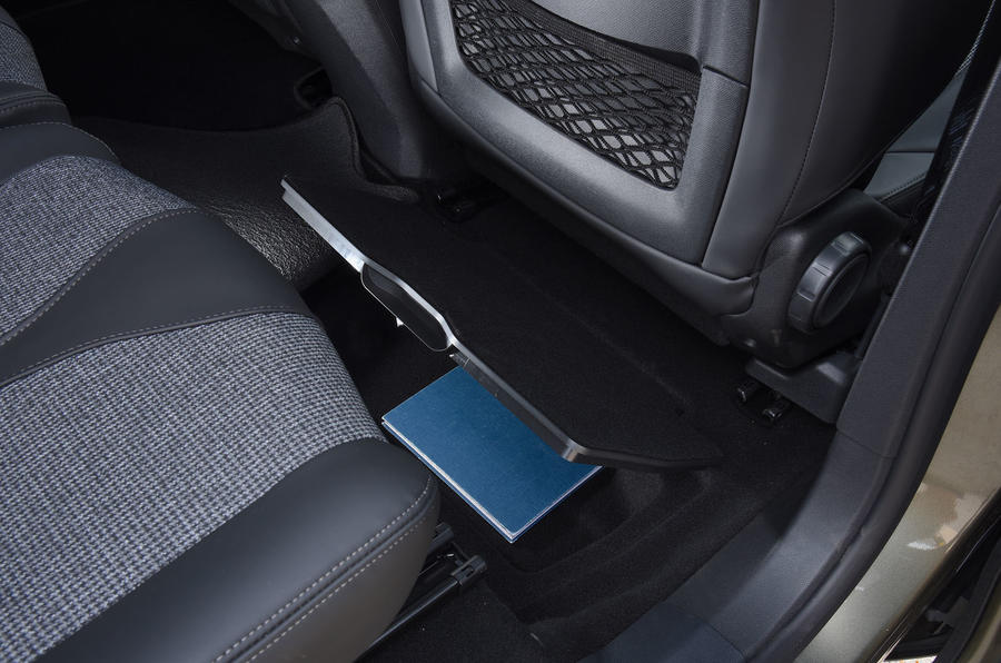 Peugeot 5008 2018 long-term review seat storage