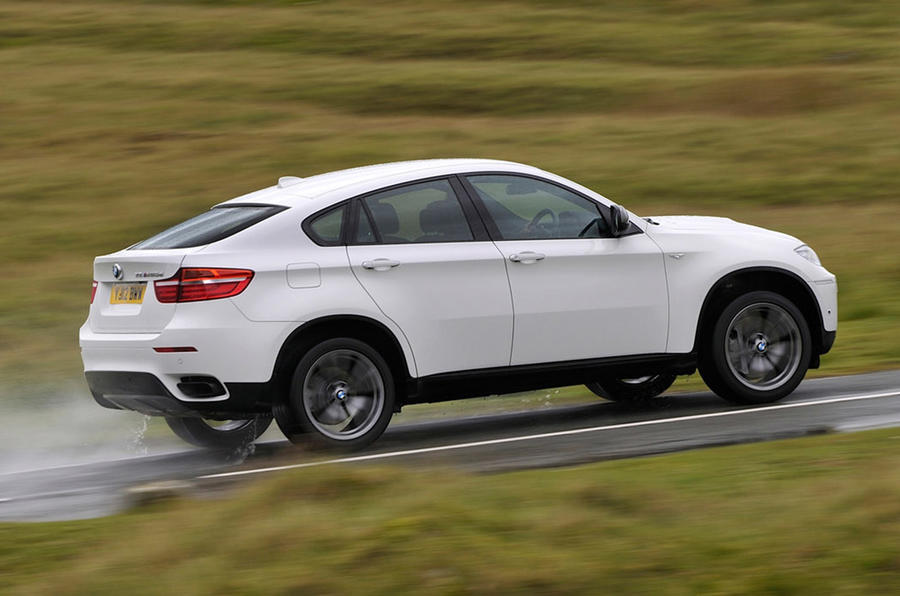 BMW X6 - hero side