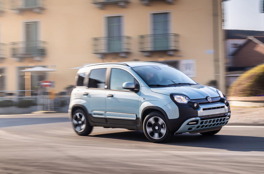 Fiat Panda Cross Hybrid 2020 first drive review - cornering