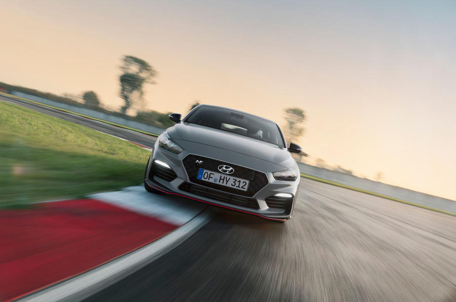 Hyundai i30 Fastback N 2019 first drive review - track drive nose