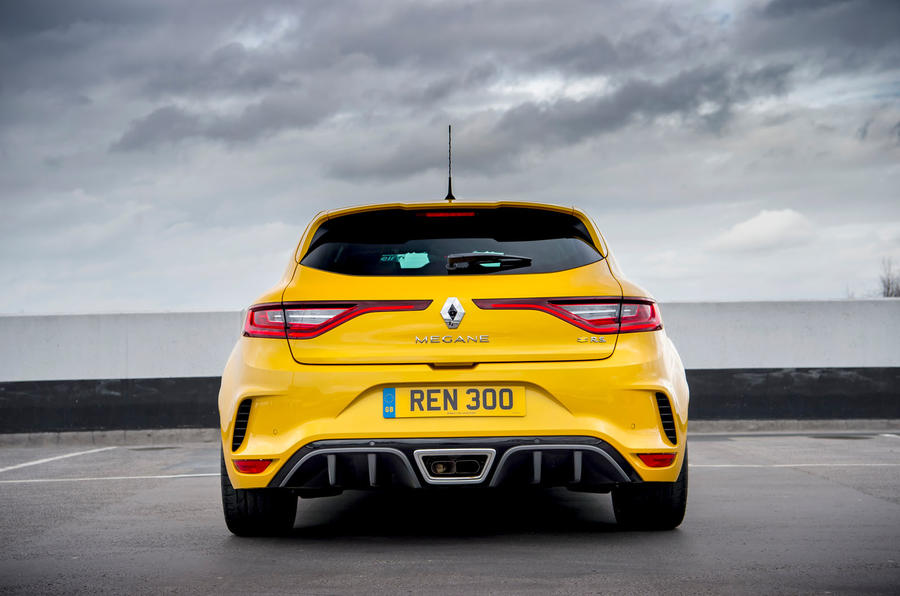 Renault Megane RS 300 Trophy 2019 UK first drive review - static rear end