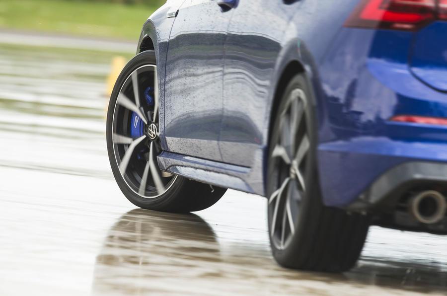 22 Volkswagen Golf R performance pack 2021 UE FD drift (dérive)