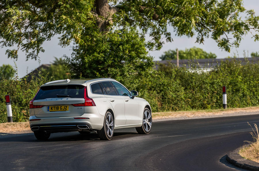 Volvo V60 D4 Inscription 2018 UK first drive review cornering rear