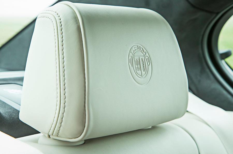 Alpina B5 BiTurbo saloon headrests