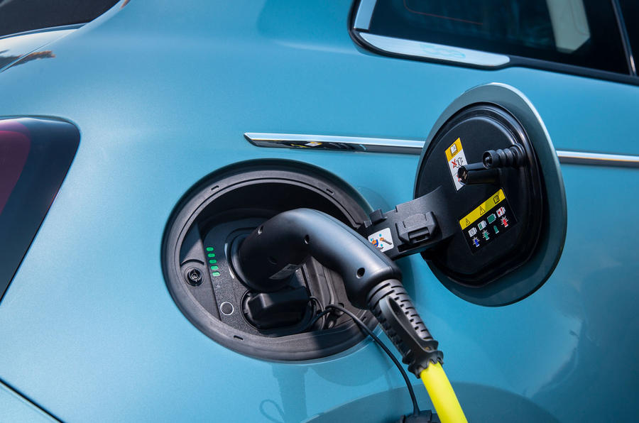 2021 Fiat 500 electric left-hand drive UK review - charging port