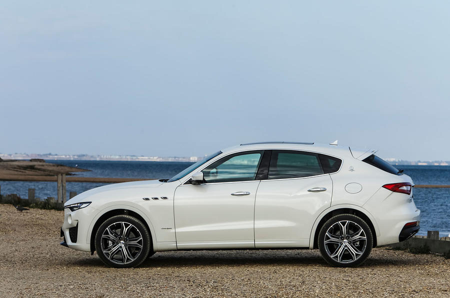 Maserati Levante Gransport 2018 UK first drive review static side
