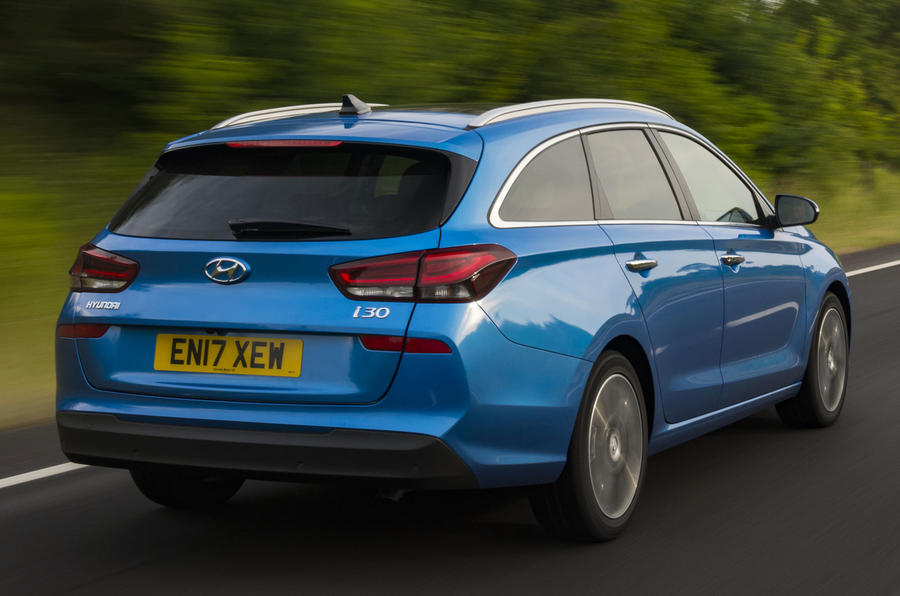 Hyundai adds five-door fastback to new i30 range