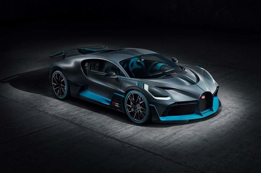 Bugatti Divo side front