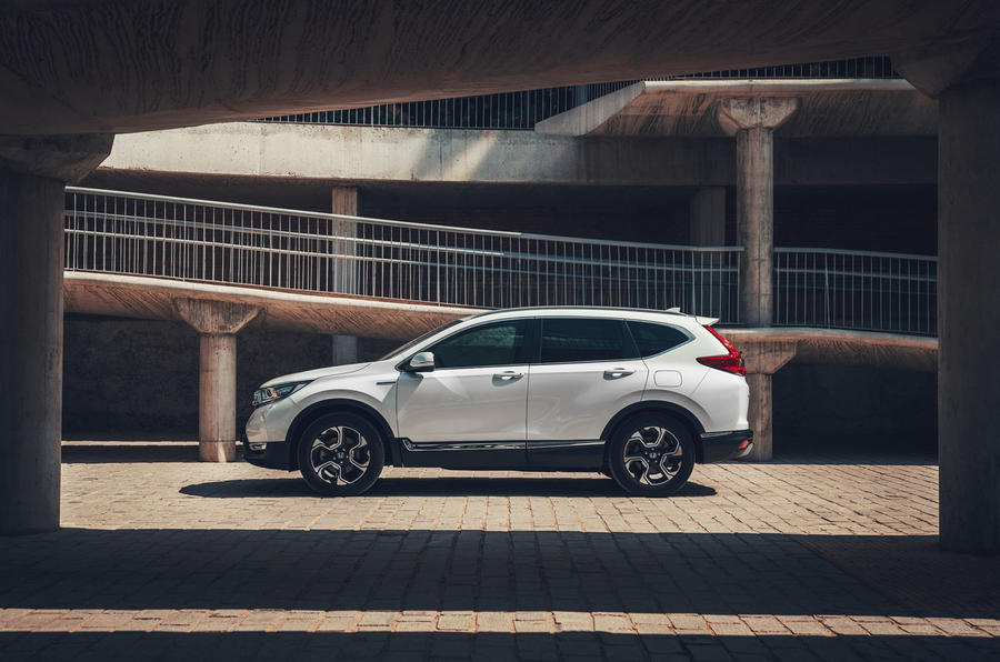 Honda CR-V hybrid 2019 first drive review - static side