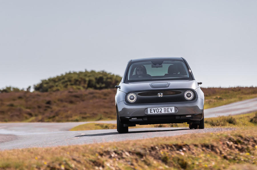 Honda e 2020 UK first drive review - cornering rear