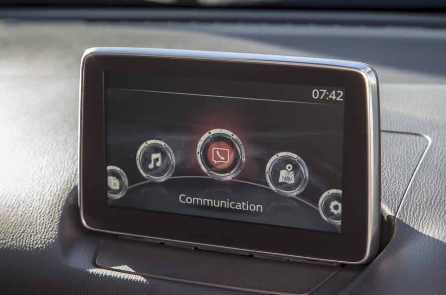 Mazda CX-3 infotainment system