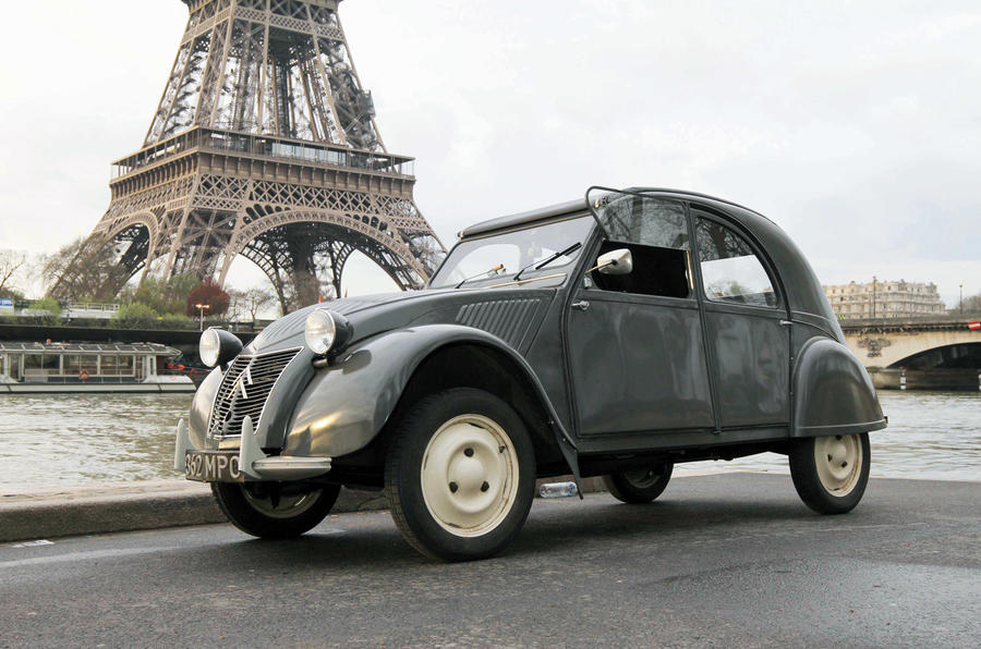 Citroen 2CV 'AZ' - stationary side