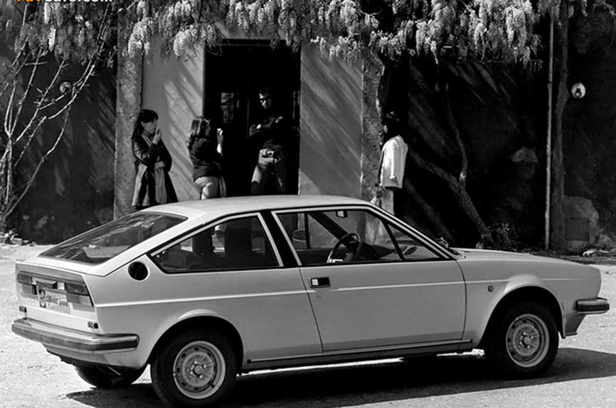 Alfa Romeo Veloce - static side