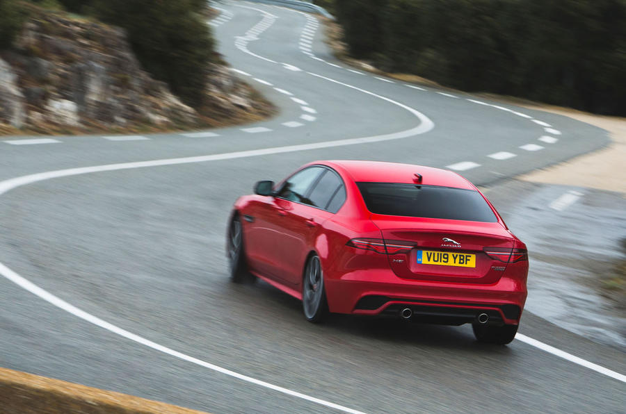 Jaguar XE P300 2019 first drive review - on the road esses