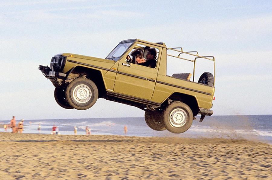 Mercedes-Benz- G-Wagen - old