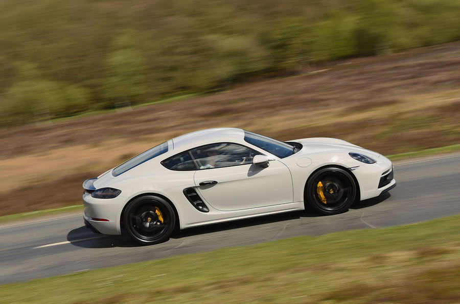 Porsche 718 Cayman GTS 2018 UK review side right