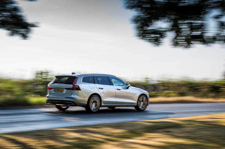 Volvo V60 D4 Inscription 2018 UK first drive review on the road rear