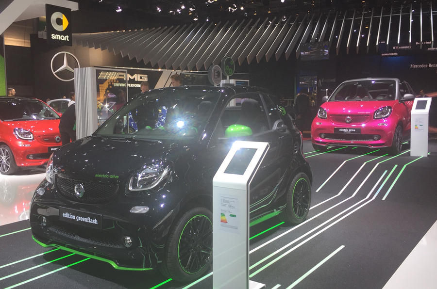 Smart Fortwo Electric Drive at the Paris motor show 2016 - show report and gallery