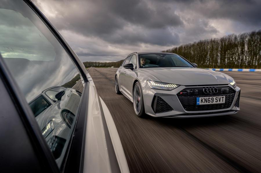 Audi RS6 Avant - hero front